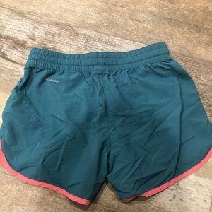 Columbia Shorts - Columbia    workout shorts